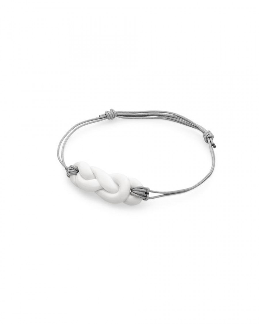 knots bracelet-white