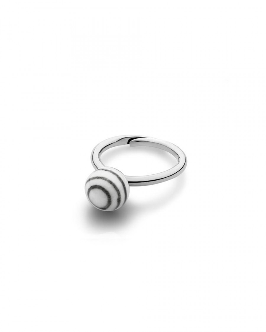 stripes small ball finger ring narrow