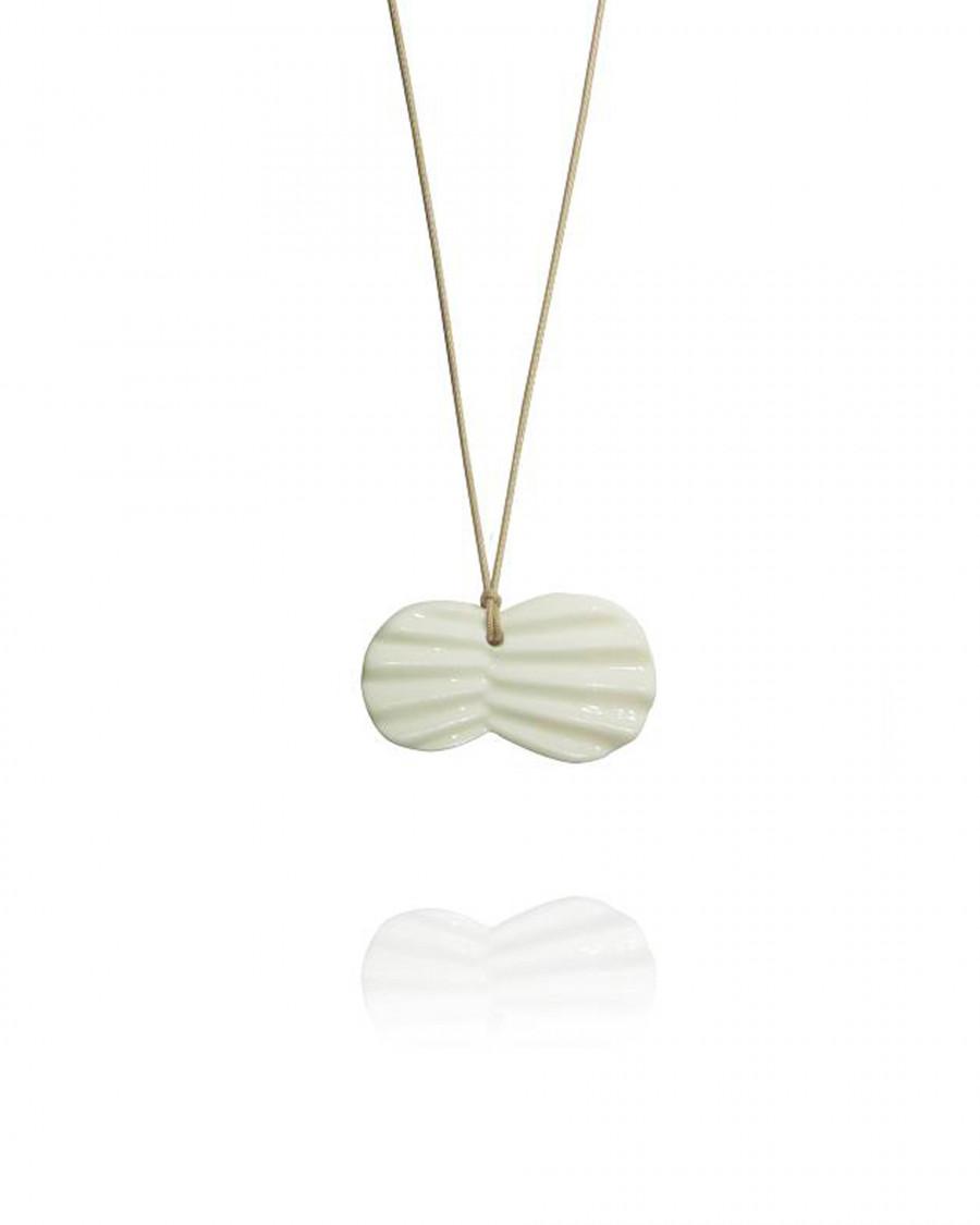 pleats necklace-beige
