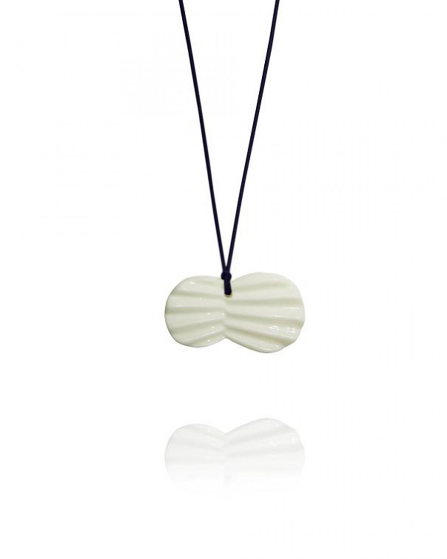 pleats necklace-navy